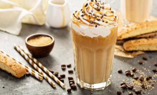 Suurepärane suvejook kangest kohvist, vaniljejäätisest ja vahukoorest