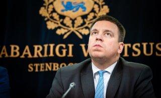 Ehmatus lõi suu lukku? Koalitsioon hoidub minister Järviku valetamist kinnitanud aruannet kommenteerimast