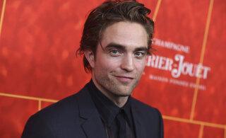 TABATUD | Robert Pattinson uitab mööda Tallinna kesklinna, Christopher Nolan poseerib spordipoe ees