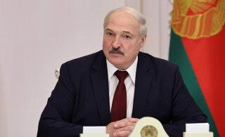 """""""За страну мы все погибнем"""". Лукашенко пригрозил НАТО"""