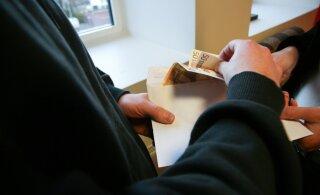 Более 10 000 работодателей не подают ежемесячные декларации по подоходному и социальному налогам