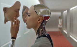 Robotid võtavad meie töö? Loe, kuidas robotile oma näo müües kergesti 116 000 eurot teenida!