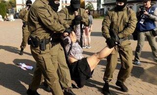Valgevenes repressioone tunda saanud naised käisid end Pärnus mereäärse teraapiaga turgutamas