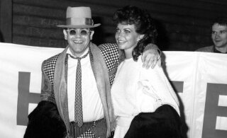 Särav fassaad, kibe sisu! Loe, kuidas Elton John üritas homoseksuaalsust varjata, abielludes silmipimestava kaunitariga
