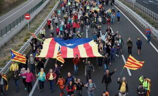 Hispaania jalgpalliliit kardab rahutusi: El Clasico võidakse mängida Barcelona asemel Madridis