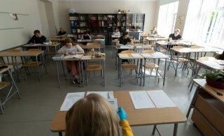 ERISAADE | Tallinna kooli direktor gümnaasiumi koduõppele suunamisest: aga kus on muud meetmed?