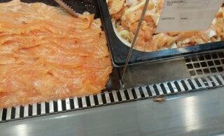 ФОТО: Клиент магазина Selver заметил на прилавке насекомое