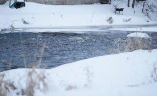 Pisikese poisi hukkumine külmas jões: oli see õnnetus või kuritegu?