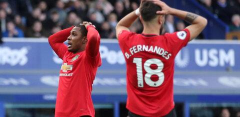 Manchester United jäi ühest ründajast ilma