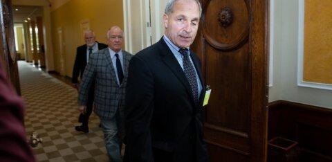 Louis Freeh saabus riigikokku vastuseid andma otse Ameerikast