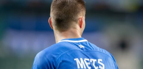 Südame ja palliga? Või hoopis südameta ja pallita? Miks pole paljude praeguste jalgpallurite jaoks Eesti koondis enam prioriteet?
