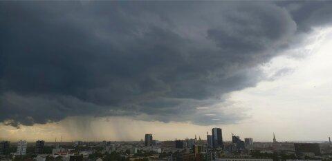 Во вторник во многих регионах Эстонии ожидаются сильные грозовые дожди и шквалистый ветер