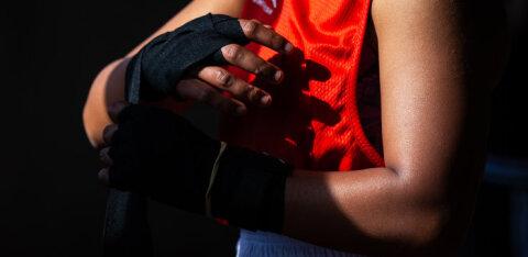 Непобежденный боксер-легковес умер от рака в 21 год