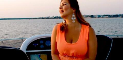 """""""Не сидите дома, а путешествуйте!"""" Певица Мерлин Уускюла улетела отдыхать на Кипр"""