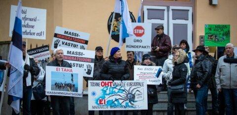 Venestaja, eestluse hävitaja, põhimõtete reetja! Veel hiljuti väljendasid EKRE sõnavõtud käredat vastuseisu nüüdse partneri Keskerakonna suhtes