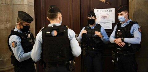 Франция: обезглавленного учителя наградят посмертно, по делу задержаны четверо школьников