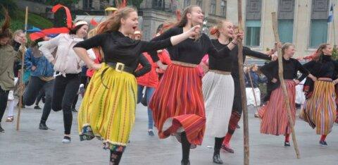 Tantsupeolt väljajäänud planeerivad Vabaduse väljakule alternatiivset kogunemist