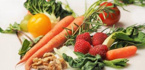Съел и повеселел: 7 продуктов, которые поднимут настроение