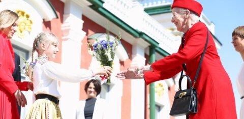 ГАЛЕРЕЯ: Королева Маргрете II и Керсти Кальюлайд открыли выставку в Кадриоргском художественном музее