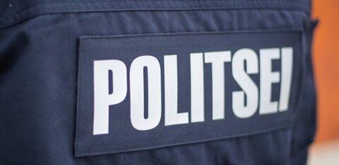 В волости Муствеэ подростки разбили окно дома пожилой женщины и ударили ее по голове