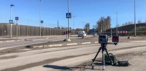 FOTOD | Politsei asus mobiilseid kiiruskaameraid testima