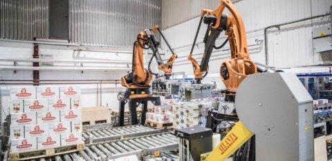 Unustage tööjõukriis - Põltsamaal pakivad mahla robotid Robert ja Roberta