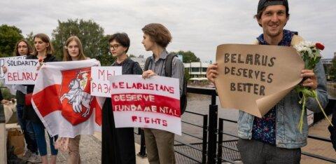 ФОТО   В Тарту прошел митинг в поддержку жителей Беларуси