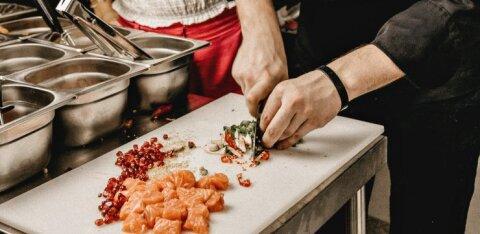 Tippkokk räägib levinud vigadest, mida inimesed toitu valmistades teevad ja avaldab 5 toiduainet, mis võiks olla igas köögis