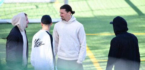 Zlatan Ibrahimovic treenib koroonakriisi ajal Rootsi klubiga