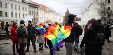 ФОТО | В Тарту прошел митинг в поддержку ЛГБТ-сообщества