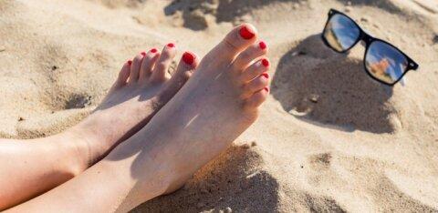 В воскресенье солнце и 27 градусов. Вода на столичных пляжах тоже теплая!