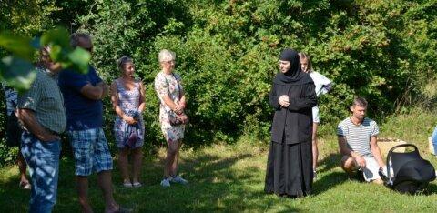 ФОТО | Монастырь, пивоварня и не только: смотрите, как проходит день открытых дверей на эстонских хуторах
