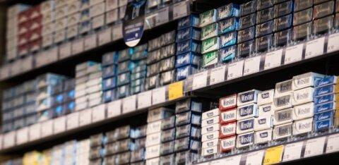 Rimi задумалась об изъятии из продажи сигарет. Как к этому относятся другие сети?