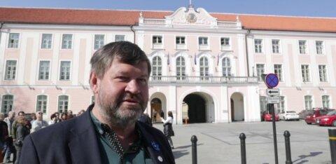 VIDEOTUUR | Staažikaim riigikogulane Mart Nutt näitab riigikogulaste lemmikruume ning räägib värvikamatest sündmustest ühes maailma vanimas parlamendihoones