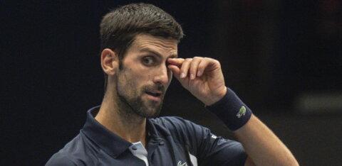 Maailma 42. reketile kaotanud Djokovic tegi numbrite järgi viimase 15 aasta kõige kehvema mängu