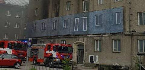ФОТО: В центре Таллинна загорелся дом. Его реновирует Endover