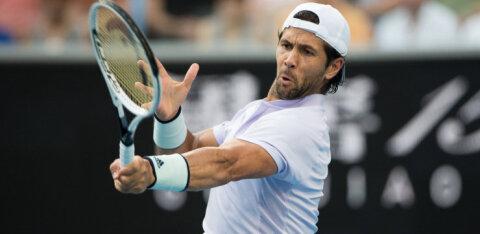 Endine maailma seitsmes reket eemaldati French Openilt, kuigi oli augustis juba koroona ilma sümptomiteta läbi põdenud