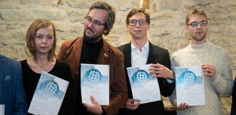 FOTOD | Kristi ja Siim Kallas andsid teatriliidus üle omanimelise fondi stipendiumid