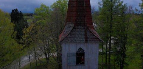 ВИДЕО | Почему деревня Кяру знаменита своими колясками и как живет эстонская глубинка?