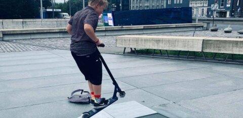 На площади Вабадузе установили рампы для скейтбординга