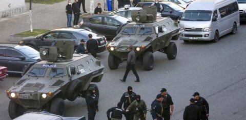ВИДЕО | В Грузии задержали налетчика, захватившего заложников в банке