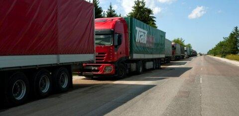 Европарламент принял новые правила работы дальнобойщиков, против которых возражали страны Балтии