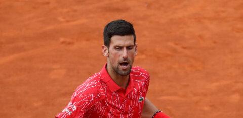 Djokovic süüdistab kriitikuid nõiajahi korraldamises