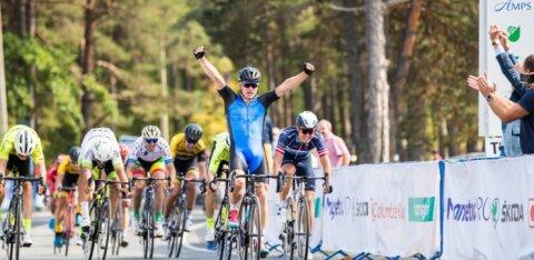 Eesti koondis läheb lühendatud Balti Keti velotuuril võidu peale