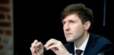 Martin Helme maasikakasvatajatele: see on väärastunud mõtlemine, et riigikogu või valitsus peab teie eest töö ära tegema