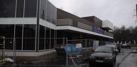 ГАЛЕРЕЯ | Maxima на месте легендарного кинотеатра в Копли почти готова к открытию