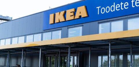 Rae vallavanem Rootsi mööblihiiu täismõõdus kaupluse võimalikust asukohast: oleme vallas IKEA esindajatega kohtunud