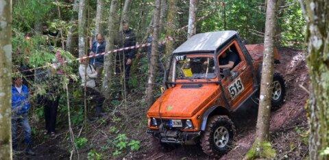 FOTOD | Viljandimaa metsade vahel möirgasid mootorid