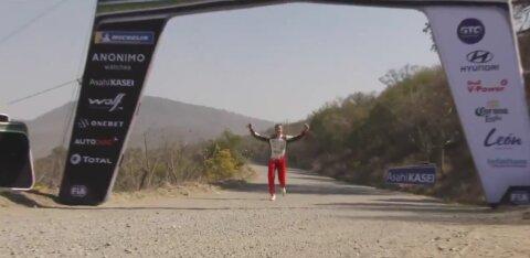 VIDEO | Tänaku auto jäi testikatsel sensoririkke tõttu seisma, Järveoja ületas finišijoone joostes!