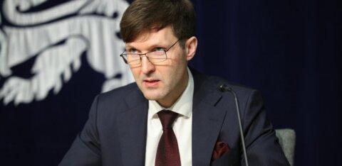 Мартин Хельме: беспокойство производителей клубники из-за нехватки рабочей силы не согласуется с их отчетами за хозяйственный год